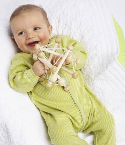 Developmental toys for 1-month-old infants