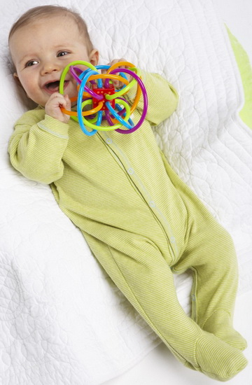 TOYS FOR 1 MONTH OLD BABIES: Development gifts for infants